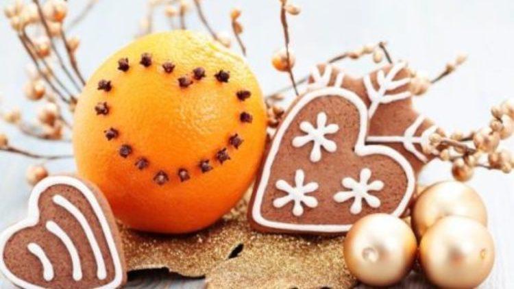 """Kiermasz Bożonarodzeniowy """"W oczekiwaniu na Boże Narodzenie"""""""
