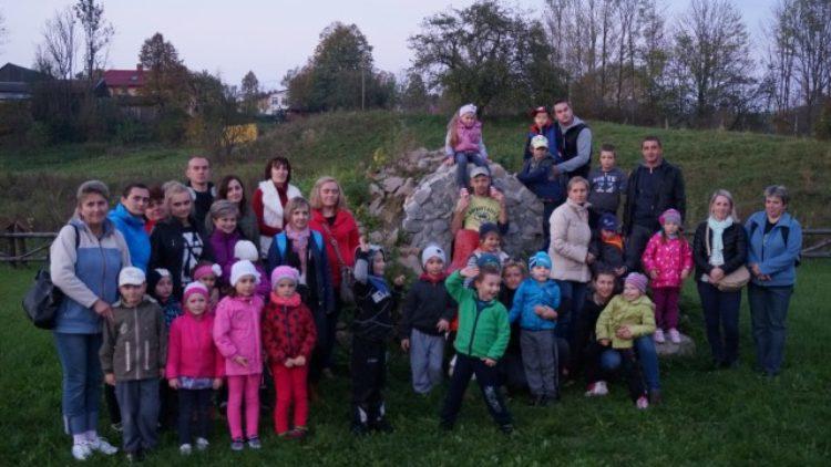 Wycieczka starszaków do Odrzechowej-6.10.14r.