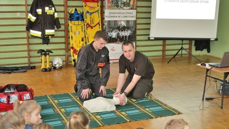 Spotkanie ze strażakiem w SP Lubatowa