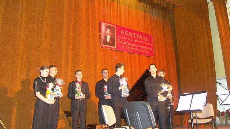 Uczniowie SOSW w Iwoniczu-Zdroju laureatami wojewódzkiego konkursu