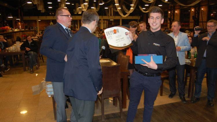 Sukces ucznia Zespołu Szkół Gastronomiczno-Hotelarskich w Ogólnopolskim Konkursie Barmańskim