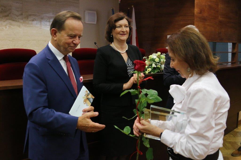 """Polskie Stowarzyszenie Sportu po Transplantacji wyróżnione nagrodą """"NGO Wysokich Lotów"""""""