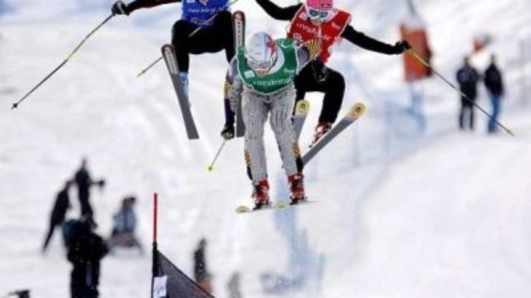 Zawody narciarskie i snowboardowe  GÓRA WINIARSKA  EXSTREME 2012
