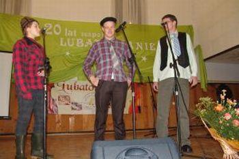 """Kabaret """"Zza miedzy"""""""