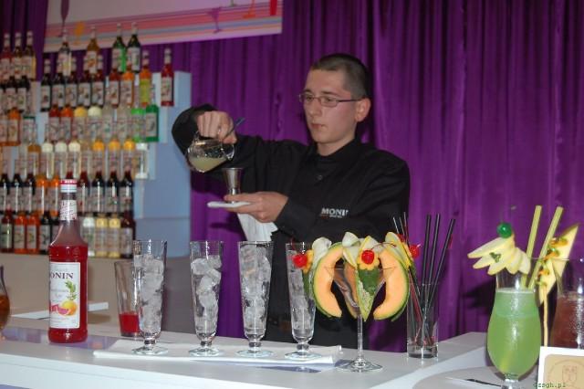 Uczeń iwonickiego Gastronomika na podium Ogólnopolskiego Konkursu Barmańskiego w Warszawie