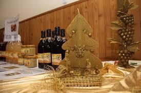 Pokaz szopek bożonarodzeniowych oraz ekologicznych produktów pszczelich Jolanty Bęben.