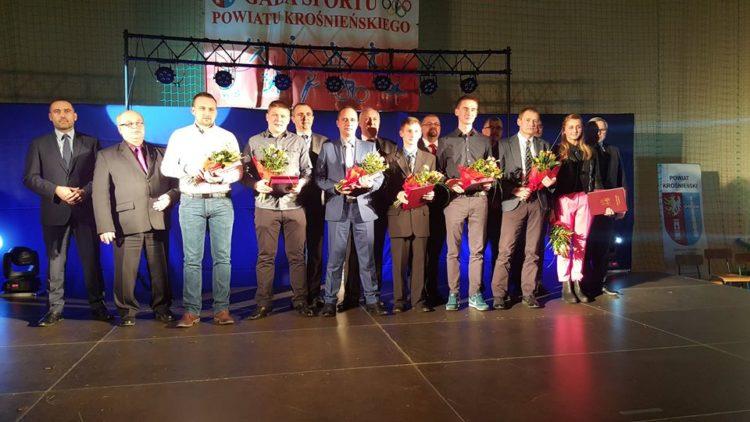 Biathlonista Rafał Penar zajął III miejsce w Plebiscycie na Najpopularniejszego Sportowca, Trenera, Działacza Powiatu Krośnieńskiego w 2015 roku.