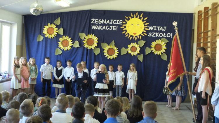 Rozpoczęcie roku szkolnego w Lubatówce