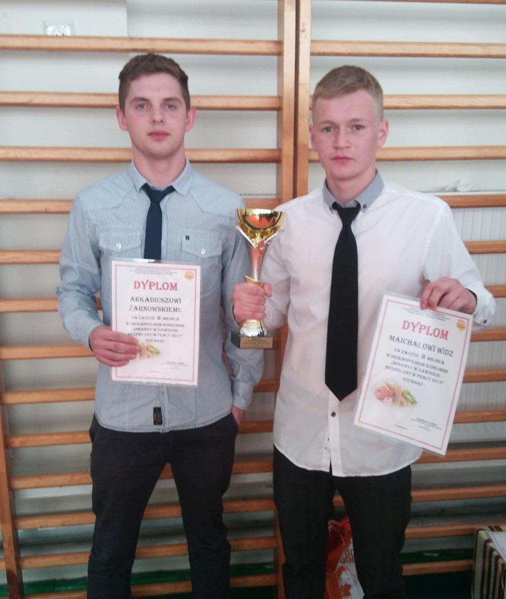 Sukces uczniów Zespołu Szkół przy OSIW OHP w Iwoniczu