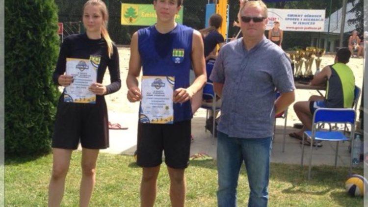 Turniej Piłki Siatkowej Plażowej MIXT-ów o Puchar Burmistrza Gminy Jedlicze