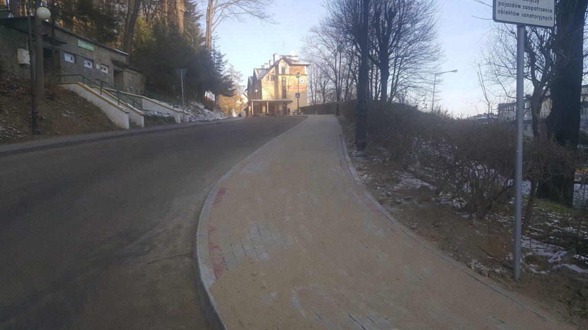Remont chodnika w Iwoniczu-Zdroju
