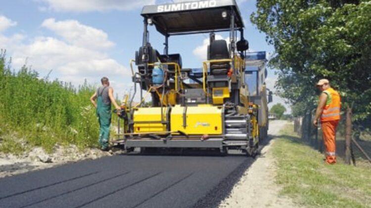 Podpisana umowa z wykonawcą na przebudowę kilku dróg w Iwoniczu-Zdroju oraz Iwoniczu