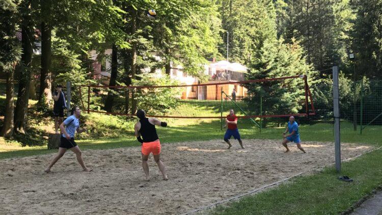 IV Mistrzostwa Gminy Iwonicz-Zdrój w siatkówce plażowej