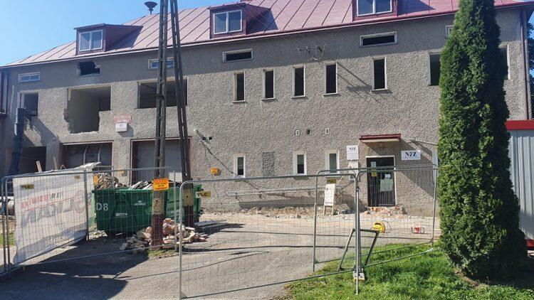 Przebudowa wielofunkcyjnego budynku w Lubatówce